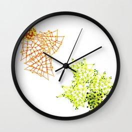 abeja vs libelula Wall Clock