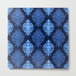 In The Garden Ogee Pattern Metal Print