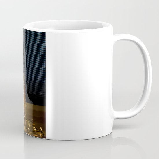 Hear the lights Mug