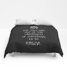 Alaska 02 Comforters