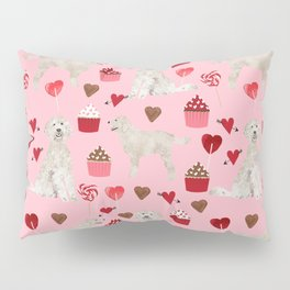 Golden Doodle dog breed valentines day art pattern dog gifts for dog lovers hearts and cupcakes Pillow Sham