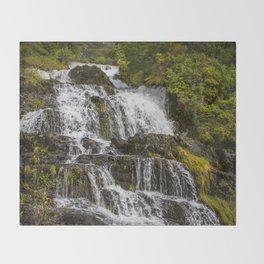 Cascada Del Toro Throw Blanket