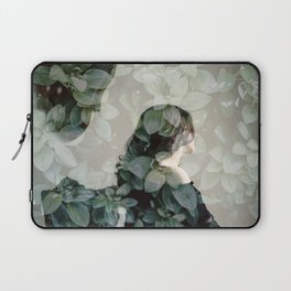 Leaf portrait Laptop Sleeve