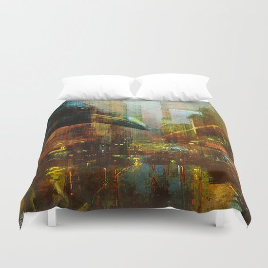 Crow in the geometrical city Duvet Cover
