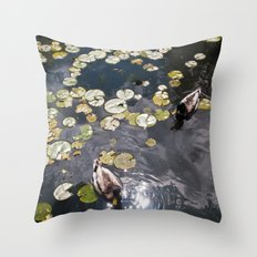 It's a duck's life Throw Pillow