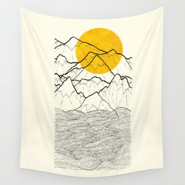 The cliff waves Wall Tapestry