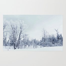 Freezing trees in a winterland decor Rug