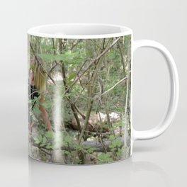 tra le foglie Coffee Mug