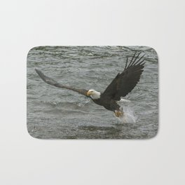 Bald  Eagle catching fish from river. Bath Mat
