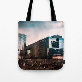 4Temps Cityscape Tote Bag