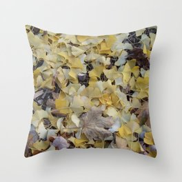 ginkgo gold Throw Pillow