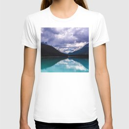 Undo this storm and wait T-shirt