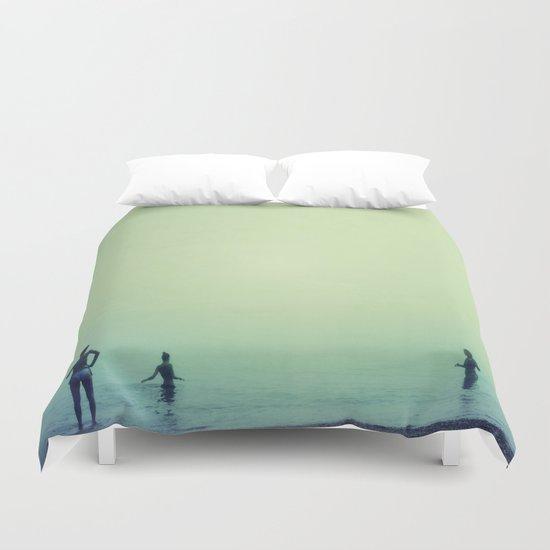Tree women. Sea dreams Duvet Cover