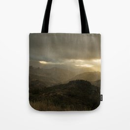 Canaria montana vista Tote Bag