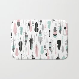 Arrows and feathers summer pattern Bath Mat
