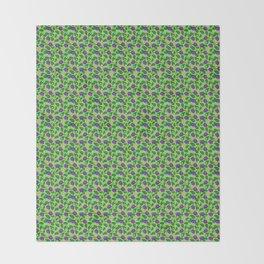 Blueberry pattern (on green background) Throw Blanket