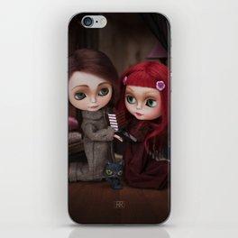 Erregiro Blythe Custom Doll Lisbeth & Edward based on Benjamin Lacombe tale iPhone Skin