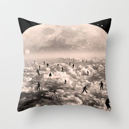 big slalom Throw Pillow