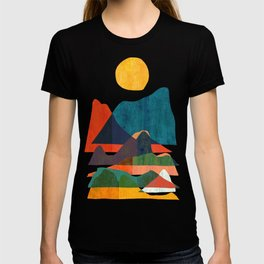 Everything is beautiful under the sun T-shirt