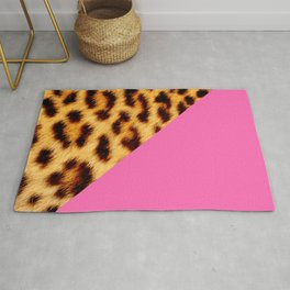 Leopard skin with hot pink II Rug