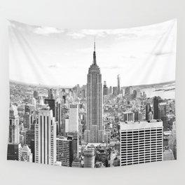 New York City, Manhattan (Black & White) Wall Tapestry