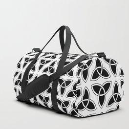 celtic trinity knot - triquetra pattern Duffle Bag