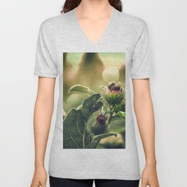 Purple Scottish Thistle - The Flower of Scotland, the symbol of different clans, and of the Coat of Arms. Unisex V-Neck
