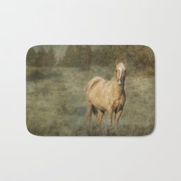 Young Palomino Bachelor Stallion Bath Mat