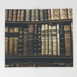 BOOKS - SHELF - PHOTOGRAPHY Throw Blanket