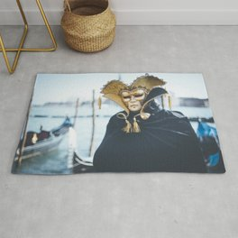 Black and gold carnival mask in Venice Rug