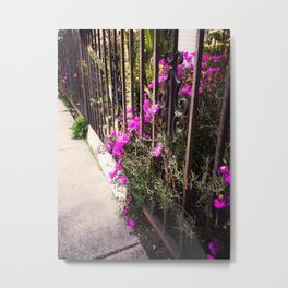 Turn Around Flowers Metal Print
