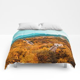 The Great Wall of China in Autumn (Color) Comforters