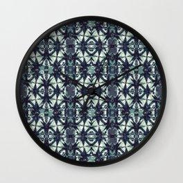 Intersecting Geometric Pattern Design Wall Clock