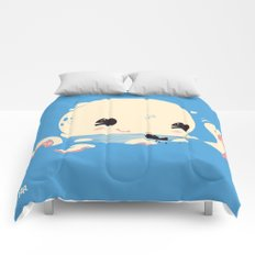 Adorable Octopus Battle (Bold) Comforters