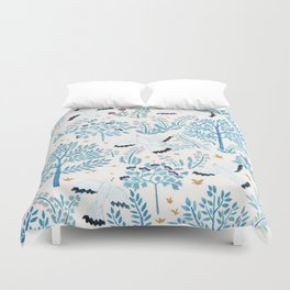 white birds garden Duvet Cover