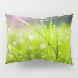 Dew drops in the morning Pillow Sham