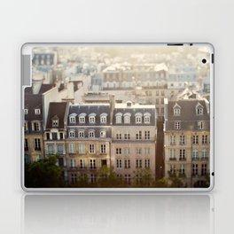Dans Mon Reve de Paris Laptop & iPad Skin