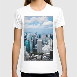 From New York to the Sky at the Manhattan Big Apple Dream T-shirt