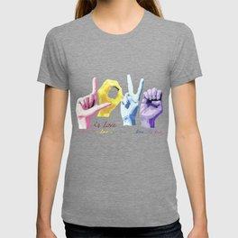 Love is love T-shirt