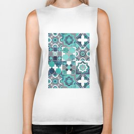 Spanish moroccan tiles inspiration // turquoise green silver lines Biker Tank