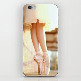 En Pointe iPhone Skin