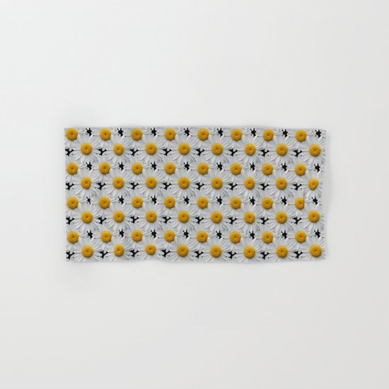 DAISY CHAINS Hand & Bath Towel