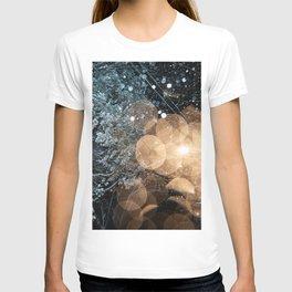 A lampstreet lighten the forest during the snow storm T-shirt