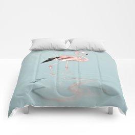 Flamingo on turquoise waters Comforters