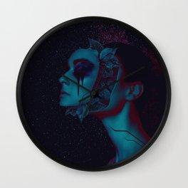 k a m u Wall Clock