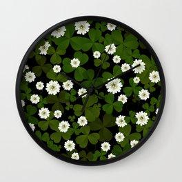 Clover pattern Wall Clock