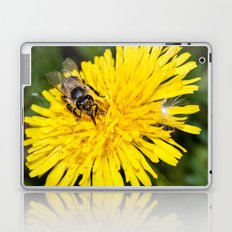 Bees tongue Laptop & iPad Skin