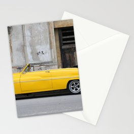 PARKED VINTAGE CLASSIC CAR NEAR CONCRETE WALL Stationery Cards
