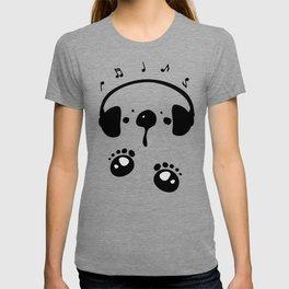Panda bear love music T-shirt
