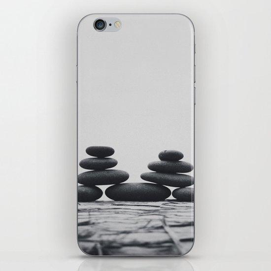 M. iPhone & iPod Skin